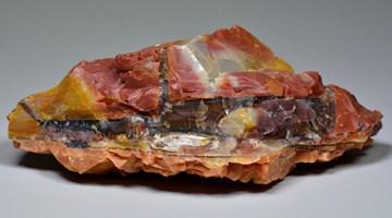 Голубой опал (джиразоль) — магические свойства камня