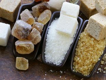 к чему рассыпать сахар примета