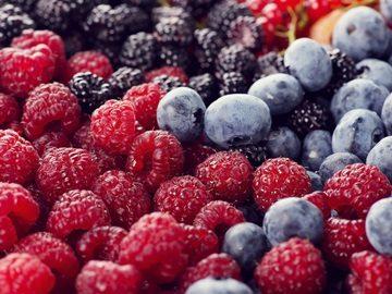 Во сне приснились ягоды