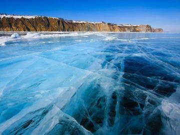 замерзшее озеро во сне